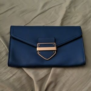 Royal Aldo Crossbody